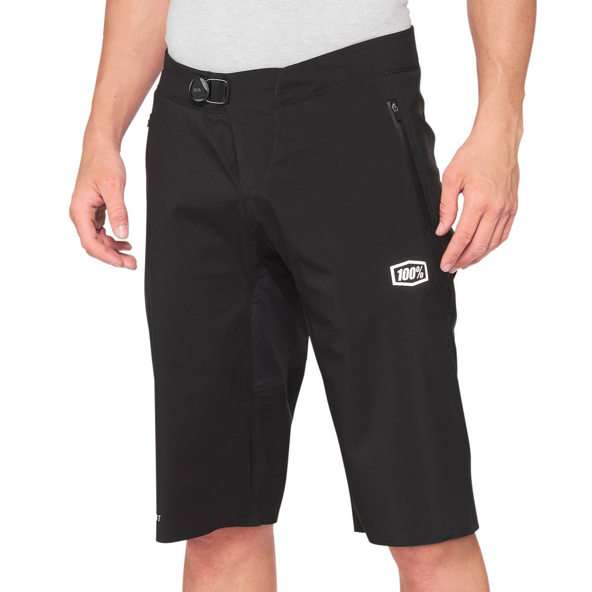 100% HYDROMATIC Shorts Black